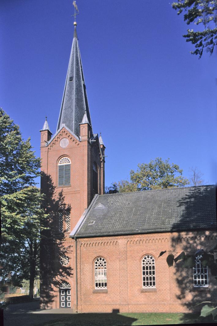 die Kirche in Mittegroßefehn